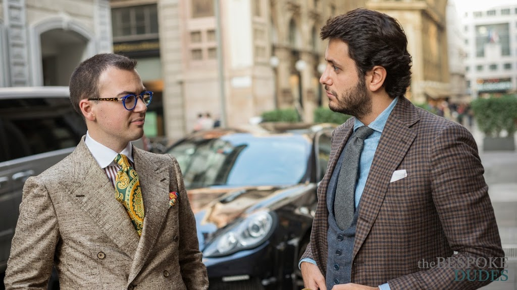 Meeting Passaggio Cravatte We are vintage silk connoisseurs