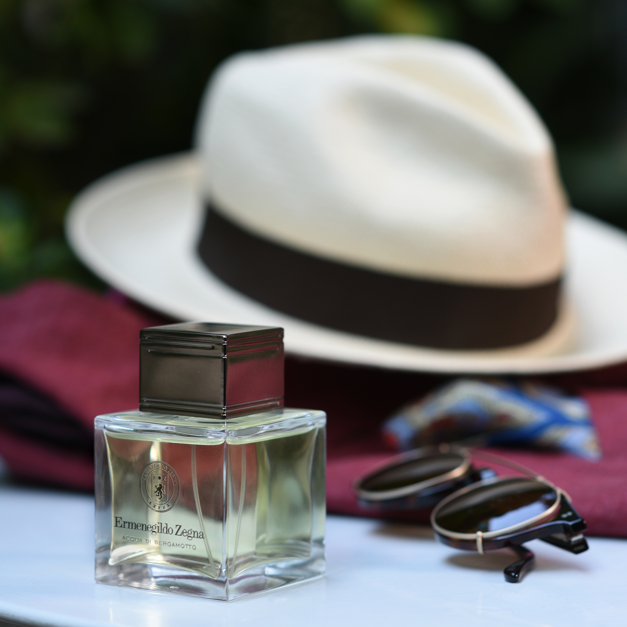 Packing for the weekend Notes of a summer fragrance