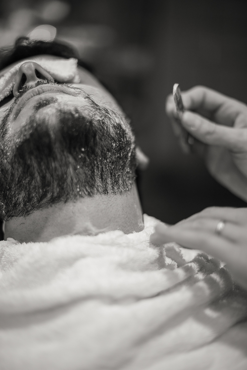 Barberino's - Classic Italian Barber  The timeless atmosphere of a barbershop d'antan meets a fresh and young approach