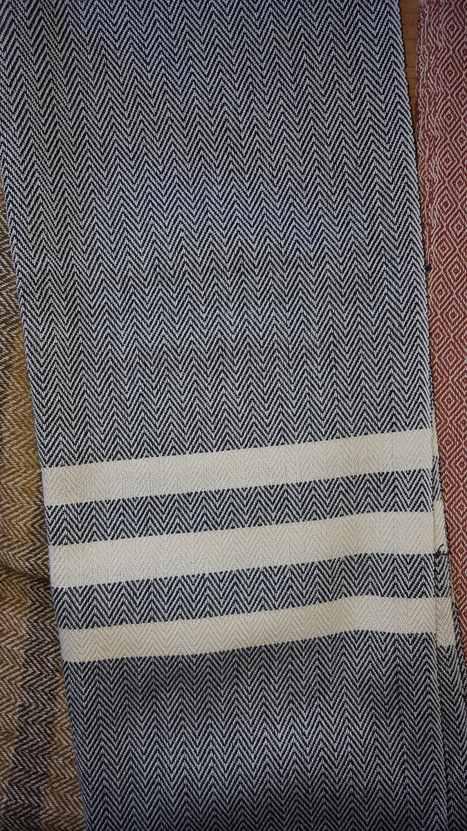 The Sardinian Chapter: Orbace The Sardinian woolen cloth by Mario Garau and Franca Carta