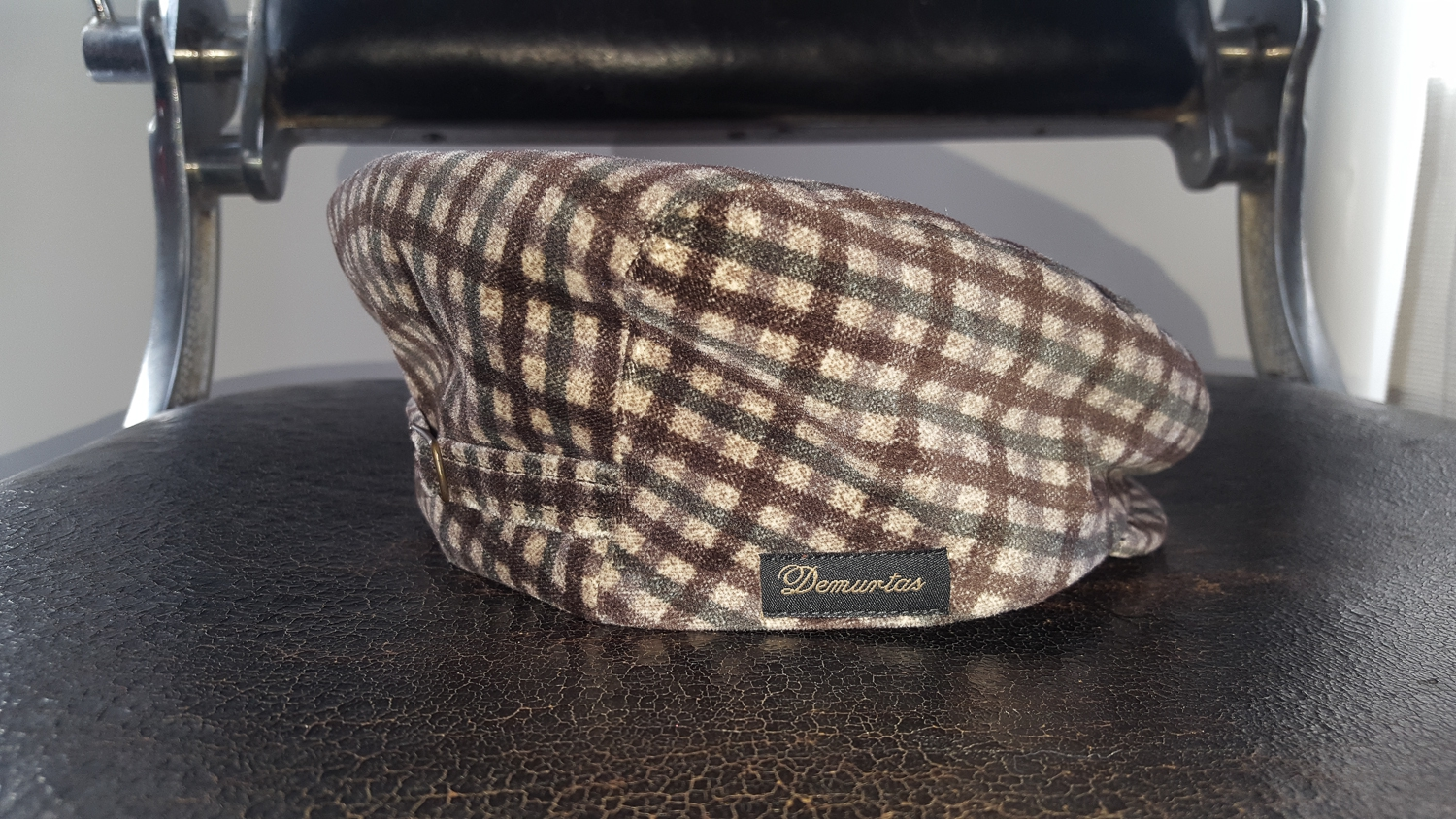 The Sardinian Chapter: Berrettificio Demurtas  The flat cap is not only Sicilian or British