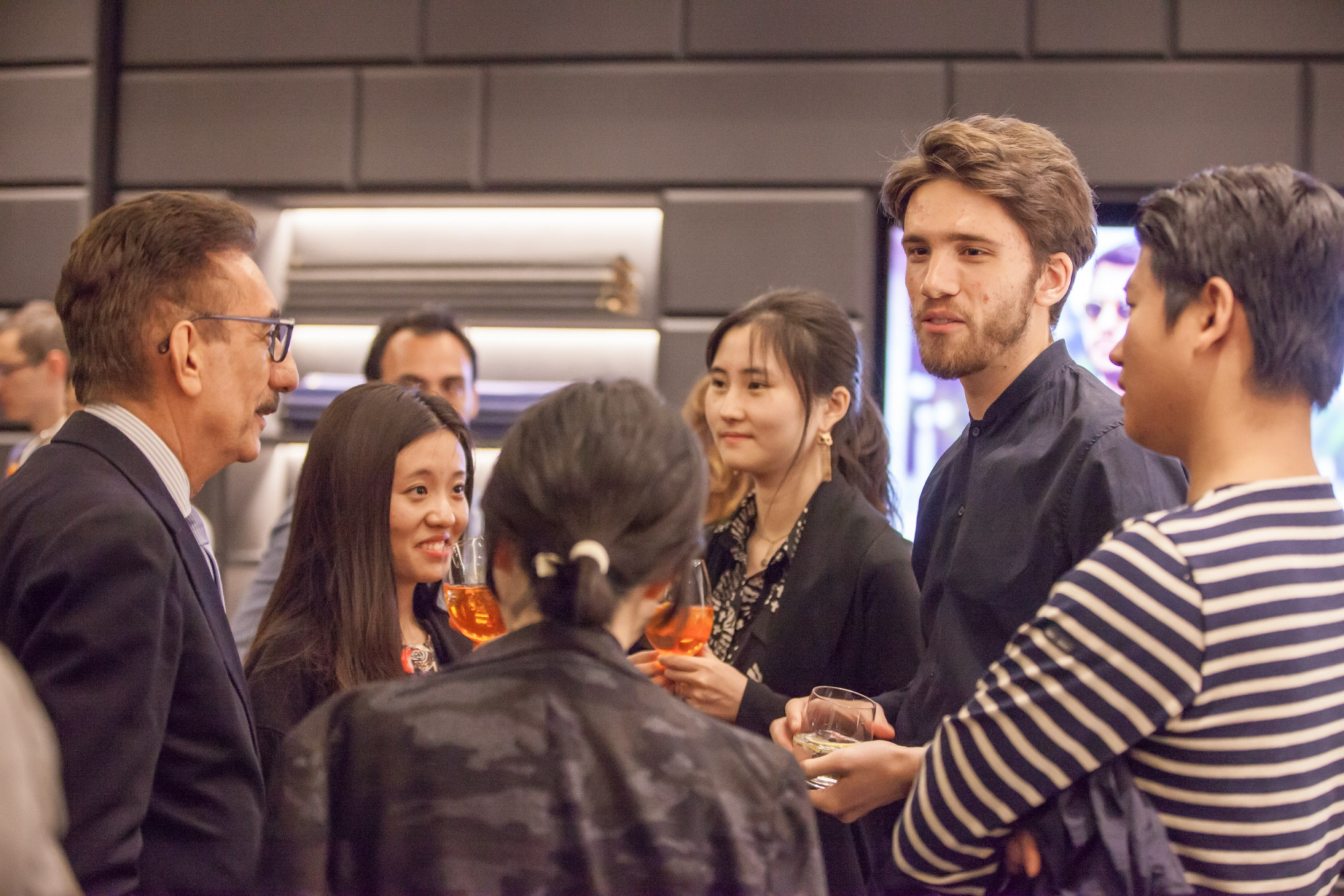 A conversation with... me A brief video from my conference at VBC Showroom in Milan