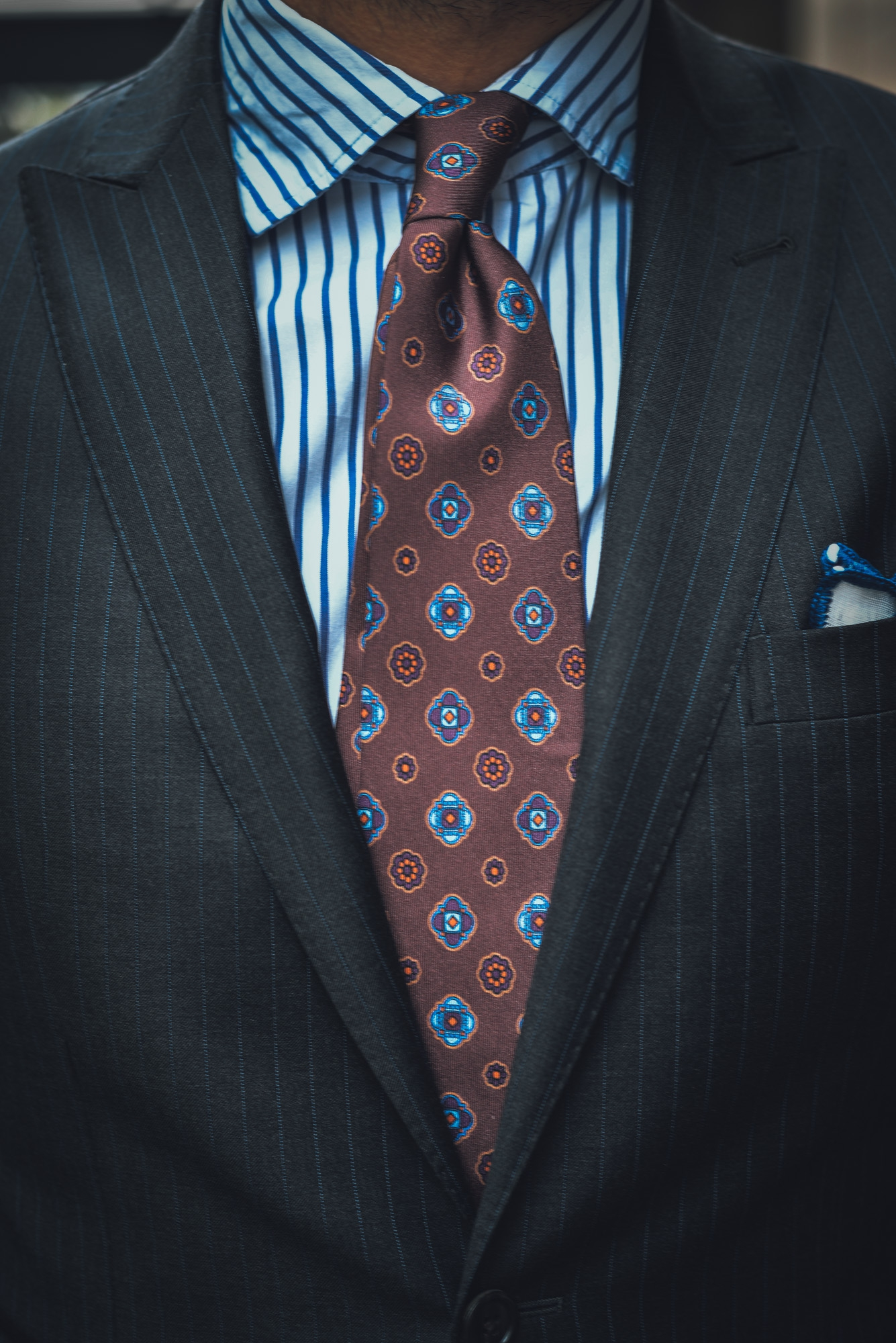 Pinstripe Suit by Lanieri Review of a suit made from a Loro Piana Super 130's fabric