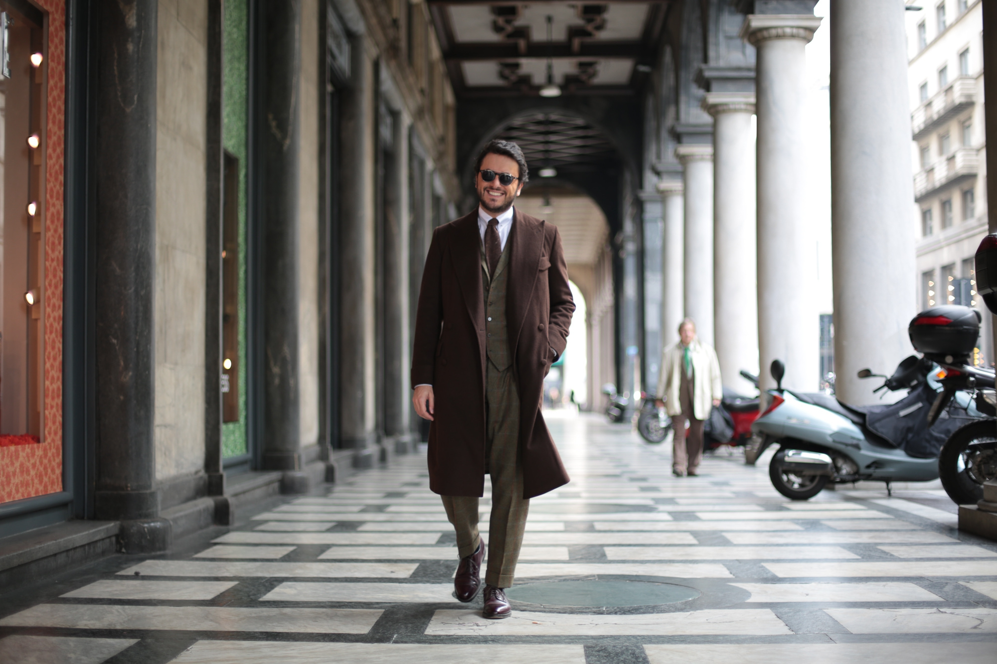 Edesim Lambswool Suit & Cashmere Overcoat A detailed review